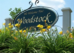 woodstock sign flowers 06
